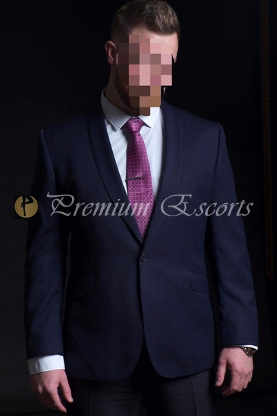 NEWCASTLE ESCORT Brendan